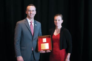 Siv Hilde Houmb received an Exemplary Service Award from IADC President Jason McFarland on 8 November at the 2018 IADC Annual General Meeting in New Orleans.